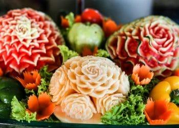 Ukir buah