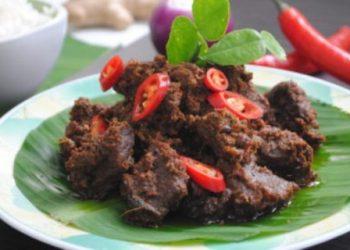 Rendang sapi. Sumber foto : Taste Of Asian Food