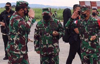Panglima TNI dan Kapolri TIba di Jayapura Dalam Kunjungan Kerja