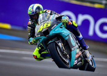 Pebalap Valentino Rossi Resmi Memutuskan Pensiun Dari MotoGP