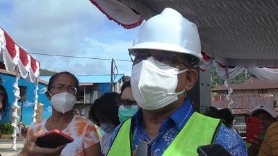 Walikota Meletakan Batu Perdana Pembangunan Kawasan Kumuh Wainitu