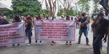 Warga Passo Demo Tolak Penetapan Mata Rumah Parentah